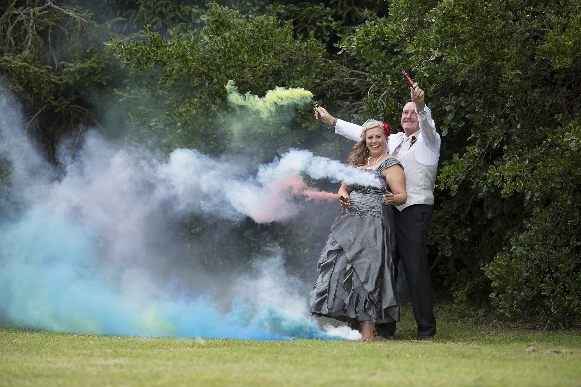 12 Smoke Bombs4.jpg