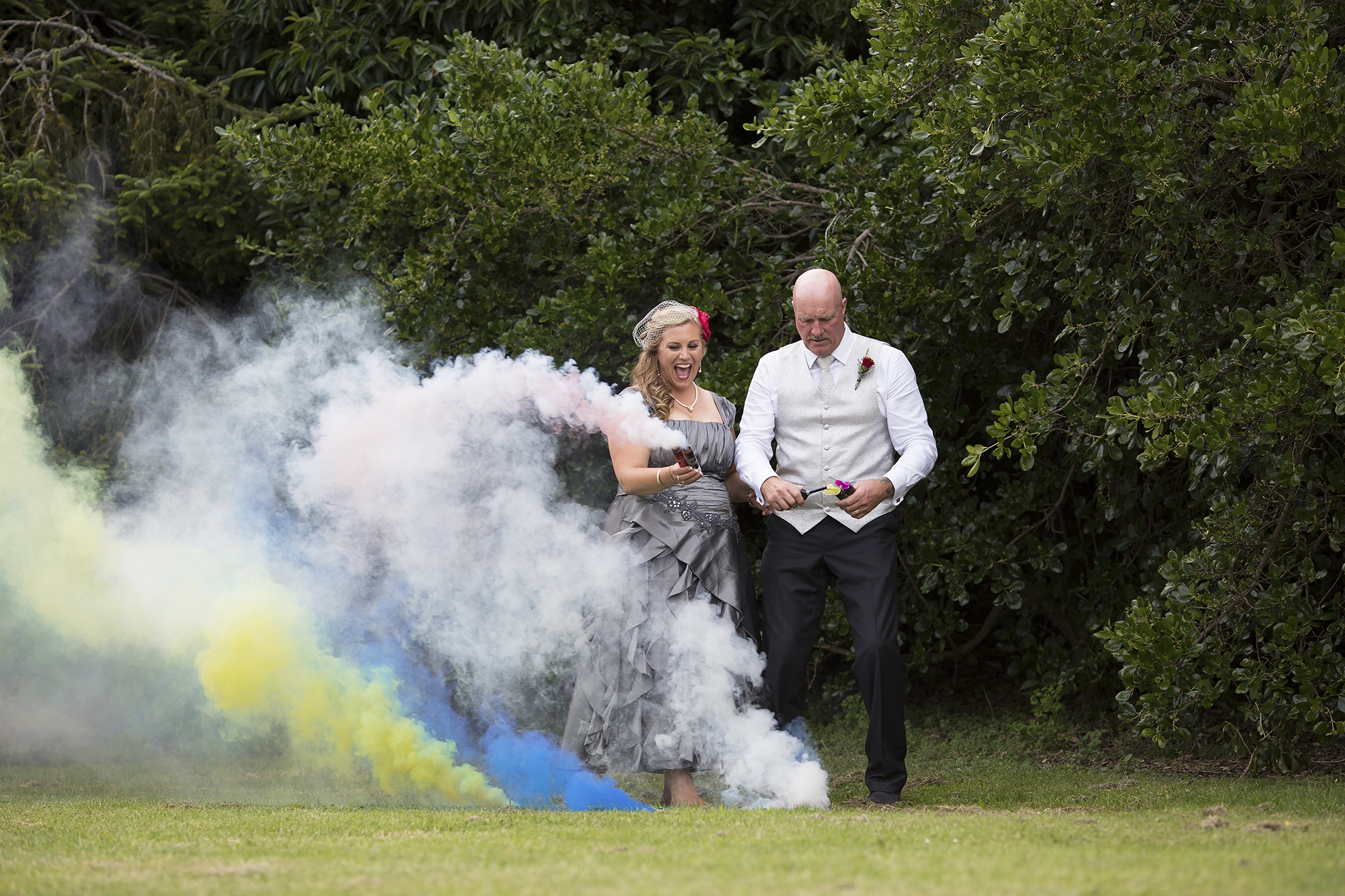 12 Smoke Bombs1.jpg