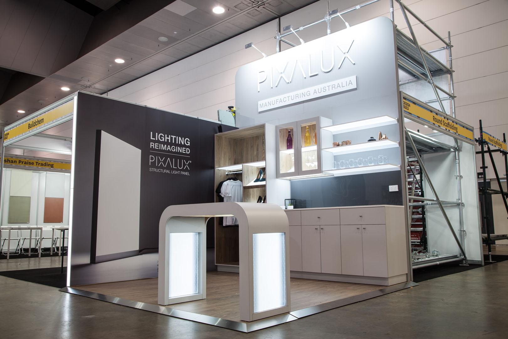 Pixalux Designbuild stand