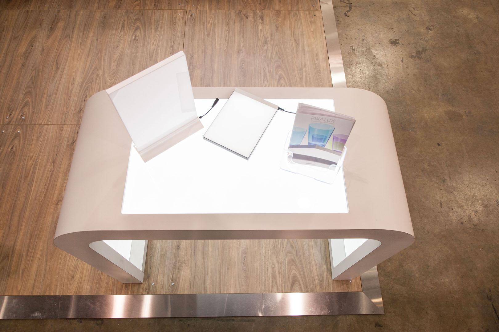 Custom display table