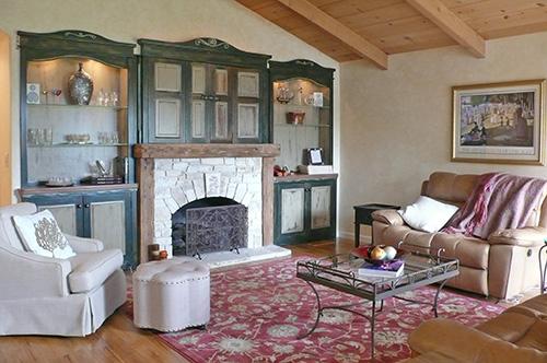 home15livingroom2.jpg