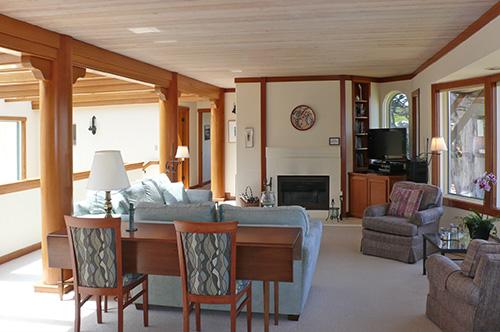 home10livingroom3.jpg