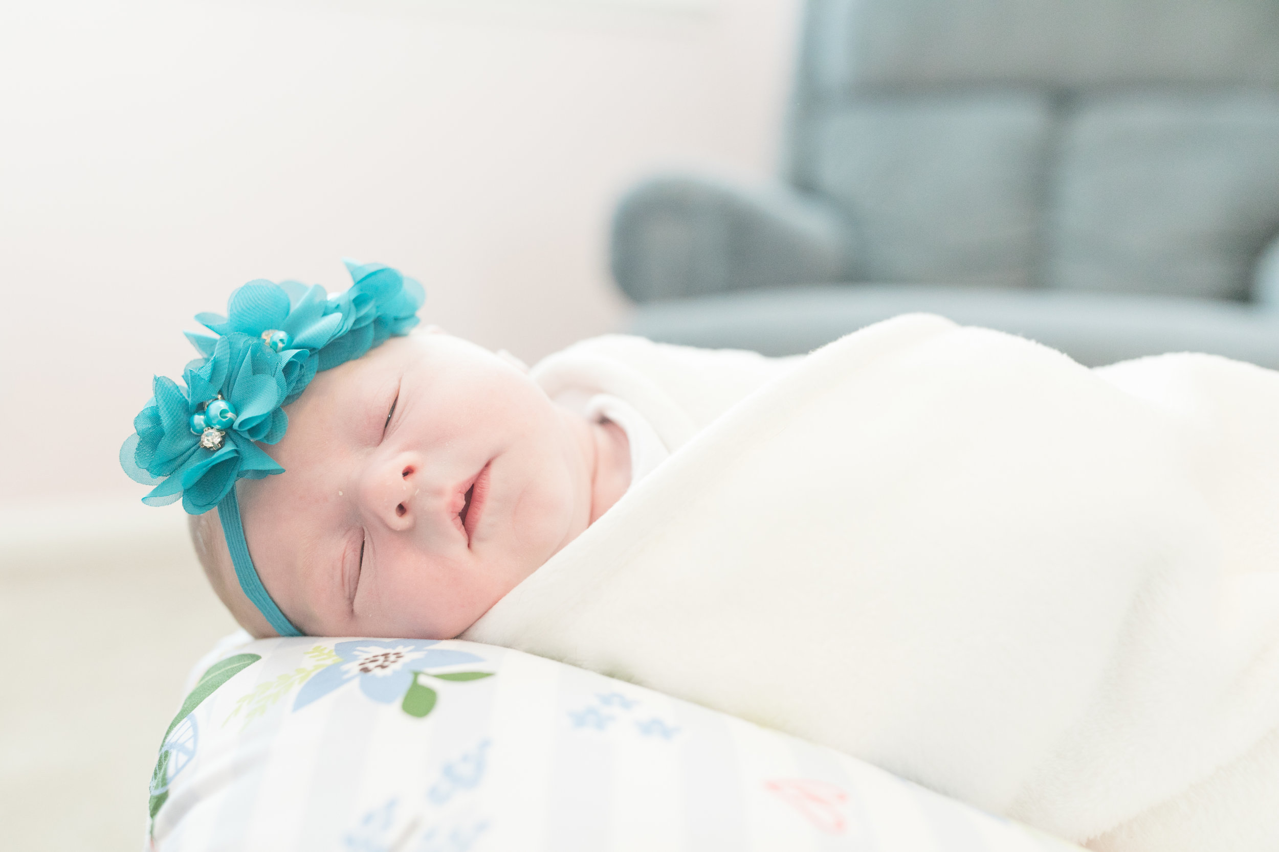 2019_newborn_ellie-blog-3.jpg