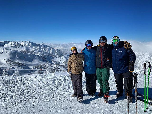 Utah powder turns with @maxibrobro and @ash_moody_ #ohhowru #stokedco #skiutah
