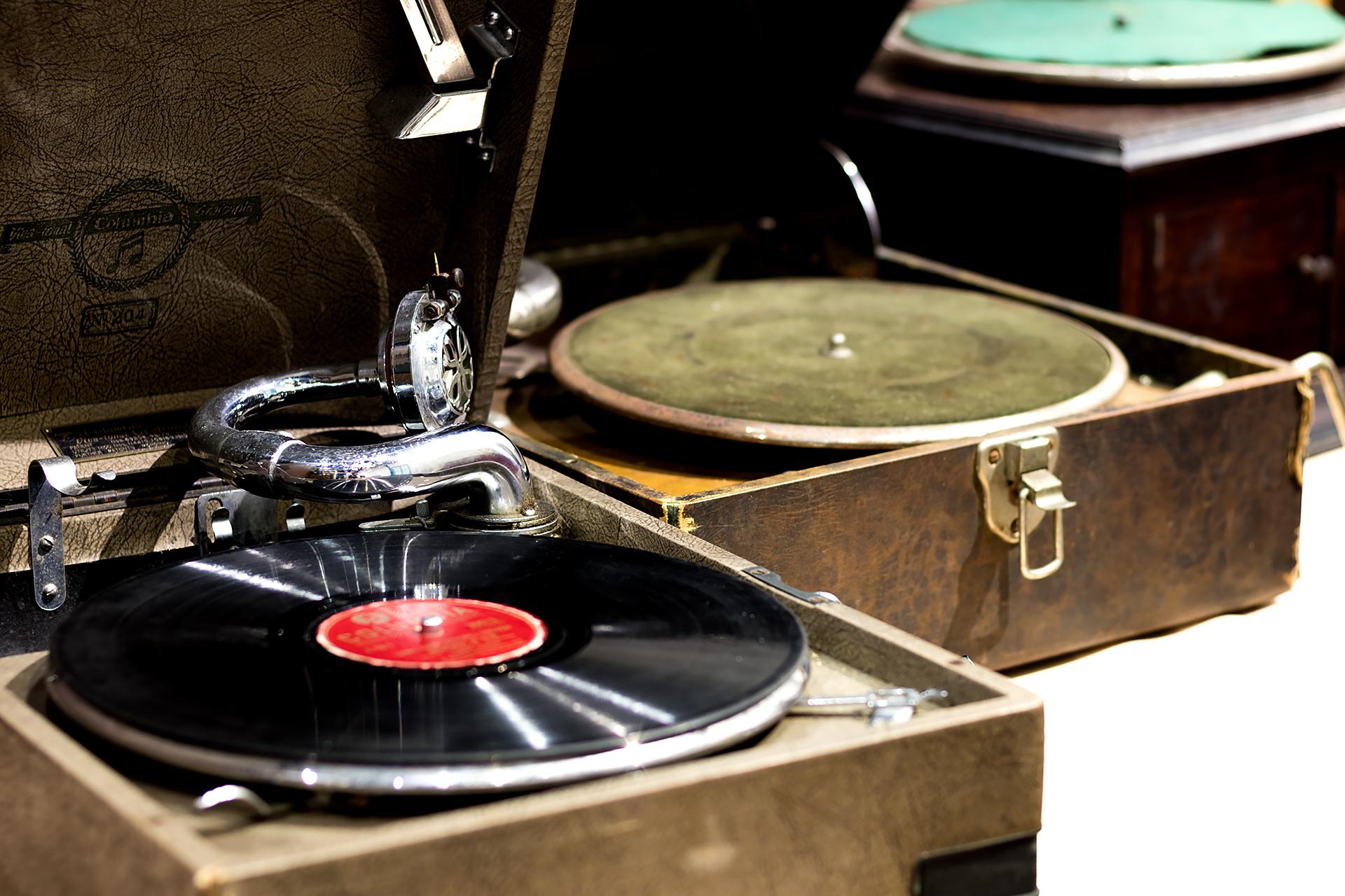 Vinyl 001.jpg