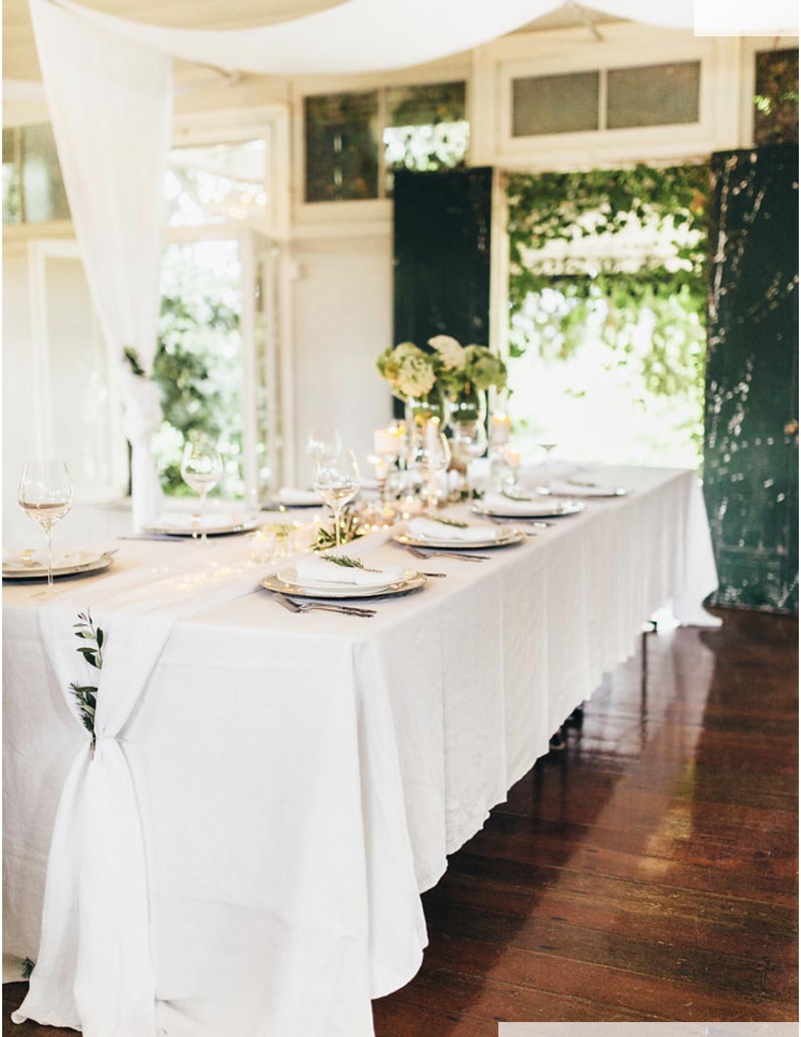 White 100% linen tablecloth and white crinkle line runner