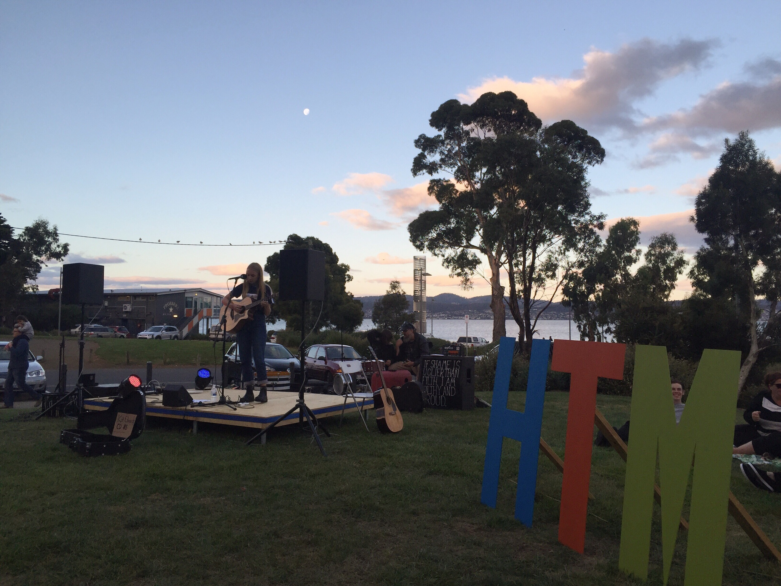 Moon rise above the market and the beautiful live music