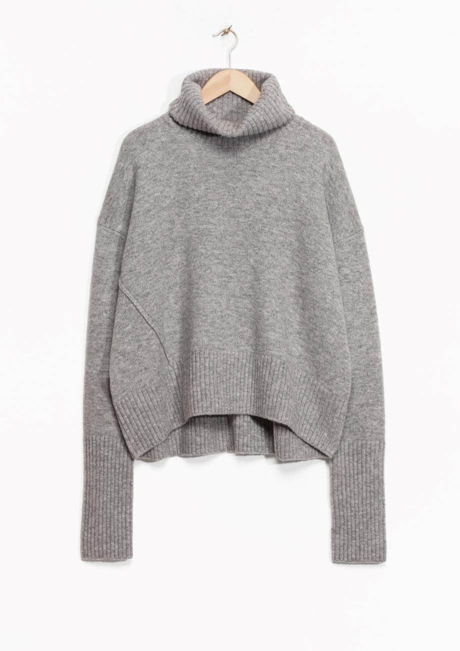 http://www.stories.com/gb/Ready-to-wear/Knitwear/Turtleneck_Sweater/582940-110786474.1