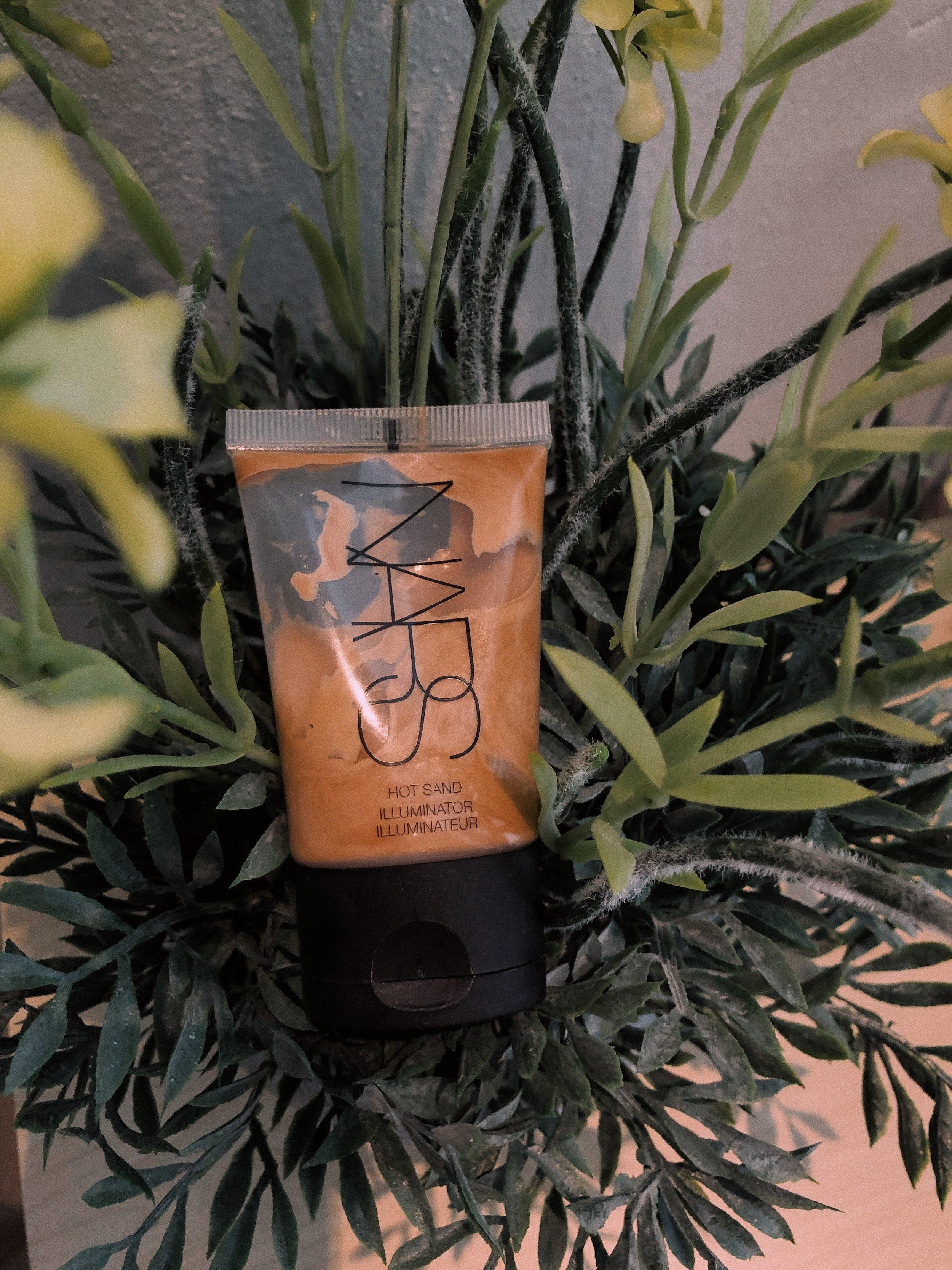 NARS Hot Sand Illuminator Review - Amour Ophelia