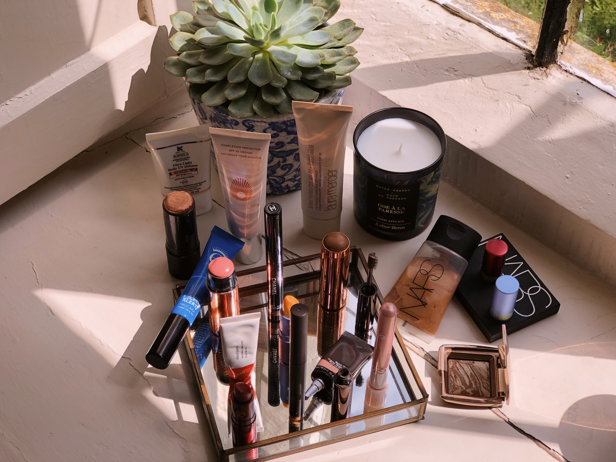 SUMMER MAKEUP GUIDE - Amour Ophelia