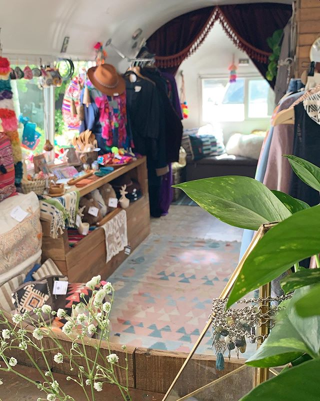 My dream world 🌿 . . Out here at @themarket_idaho with @loomimports next to my boss babe @gypsygoldlabel . . Saturday 10-6pm Sunday 10-3pm
