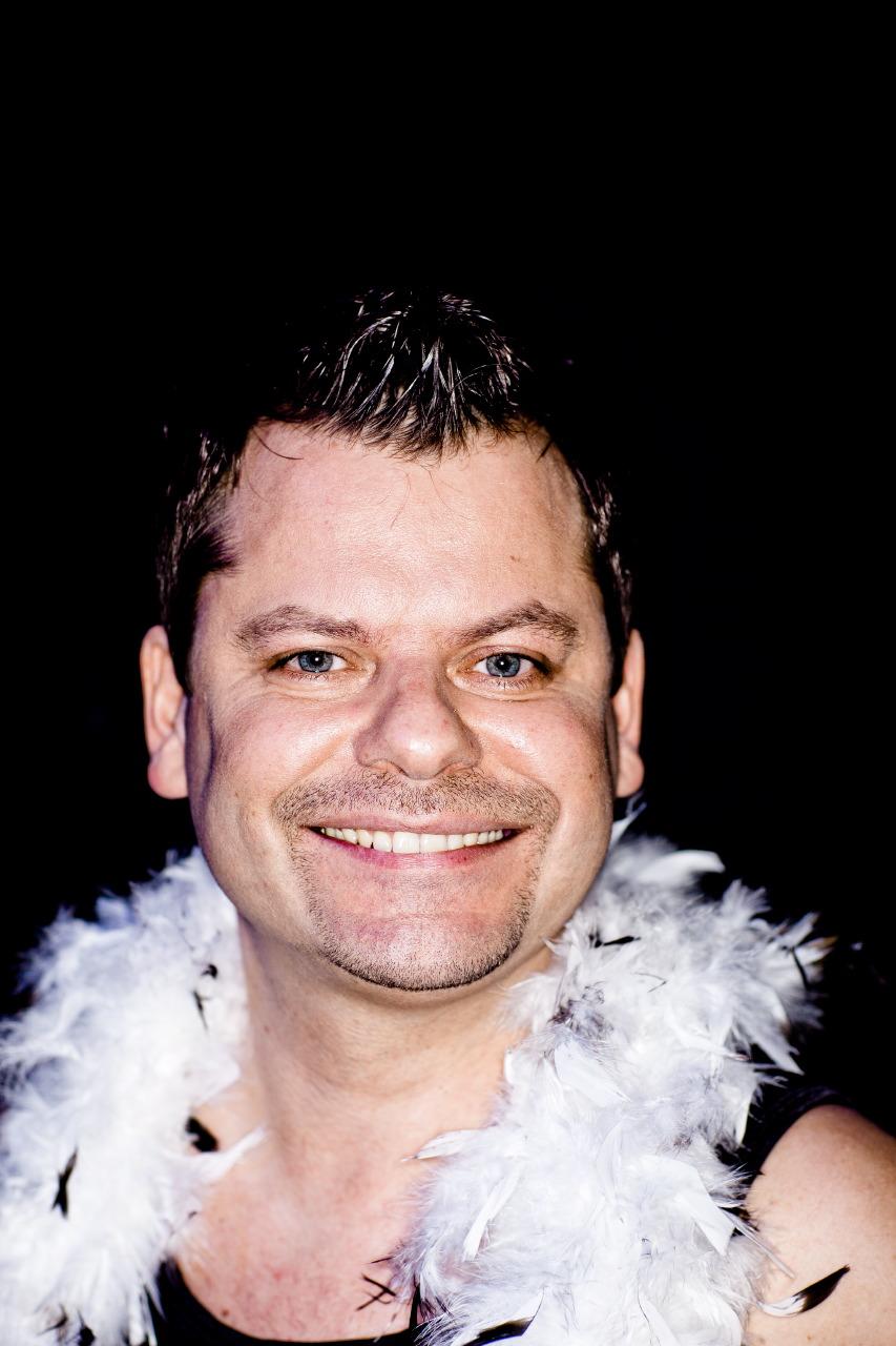 P126_MG_8091_QuatschComedyClub_Berlin_Businessportrait_Businessfoto_Kierok_Berlin_Portrait_Portraitfotografie_Portraitshooting_Fotoshootings_Professionell_Geschäftsbericht_Unternehmensfotografie