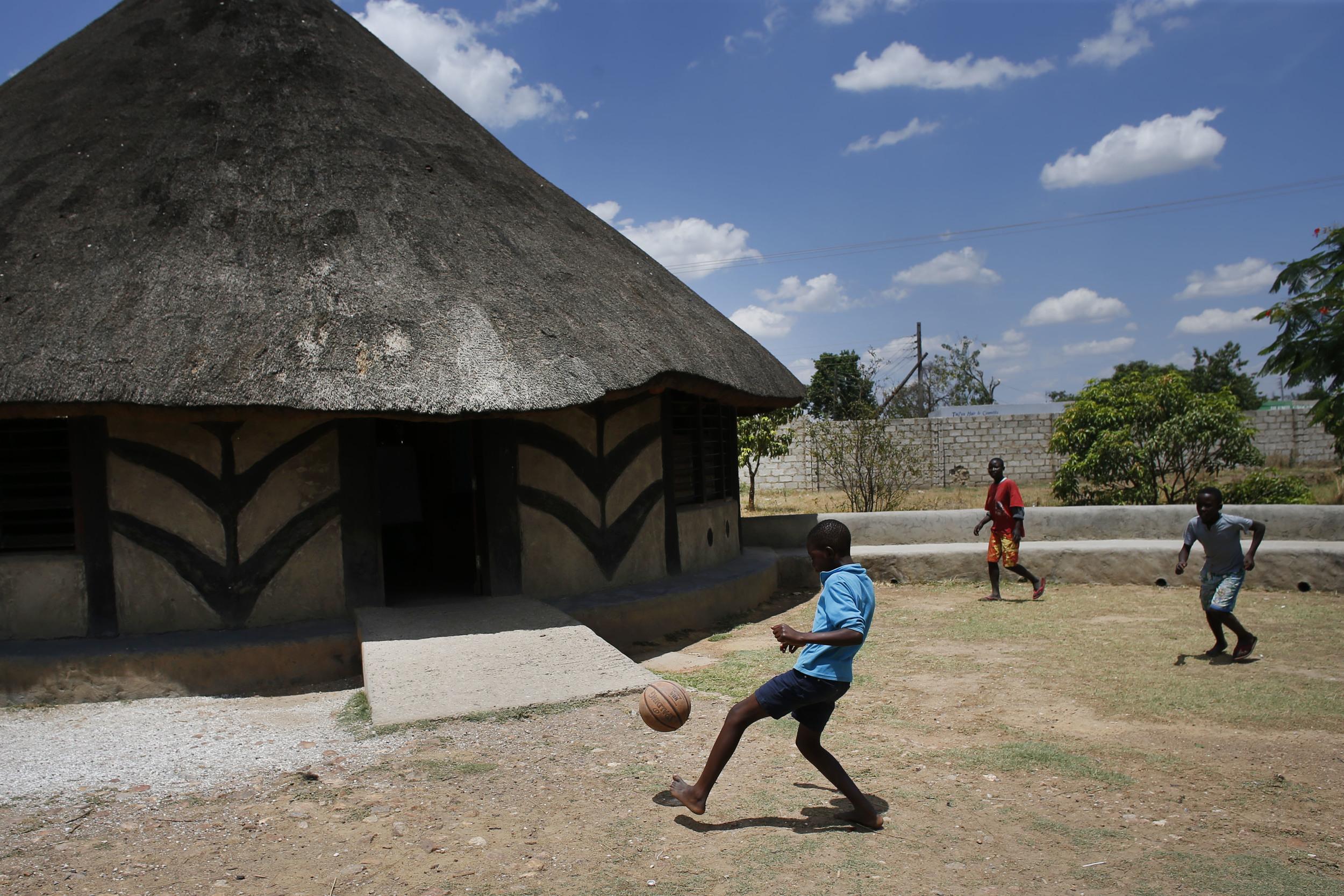 Ngwerere (2010)