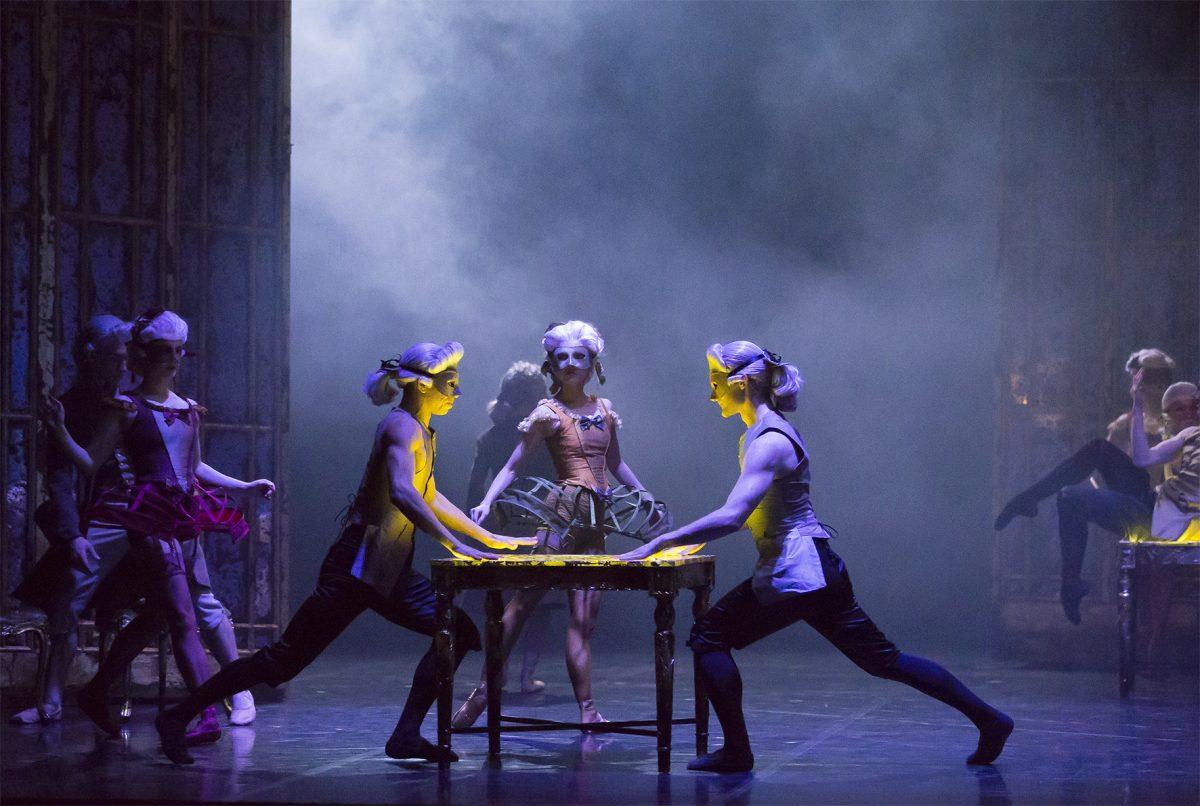 Northern-Ballet-dancers-in-Casanova.-Photo-Emma-Kauldhar-4-1200x806.jpg