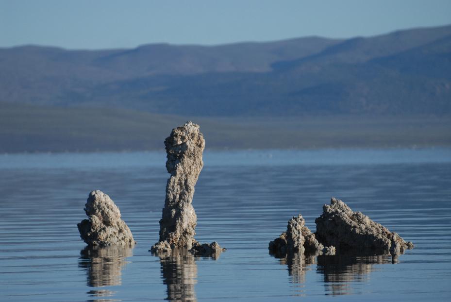 Mono Lake Tufas. California 2012 © Kalman N. Muller