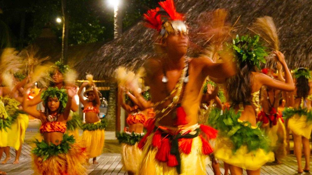 Kia Ora Dancers