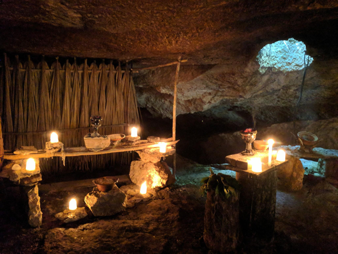 The 'cenotes' along the Mayan coast are the best place to view the Mayan rituals of the Hanan Pixan.