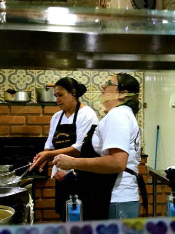 Brazil São Paulo Caminho das Gerais home style restaurant in Santo Antônio do Pinhal chef in kitchen IMG_1498.jpg