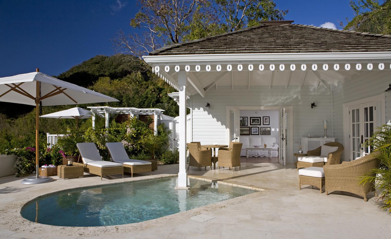 06 - HIGH-RES-Grand Luxury Villa pool & patio.jpg