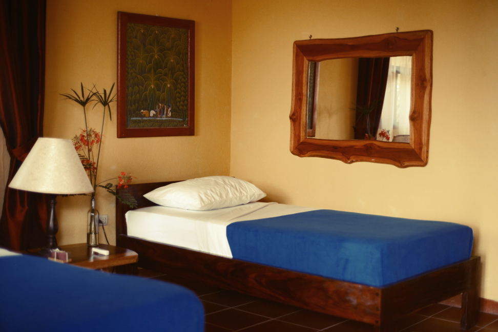 retreat-accomodation-at-surf-camp-in-costa-rica1.jpg