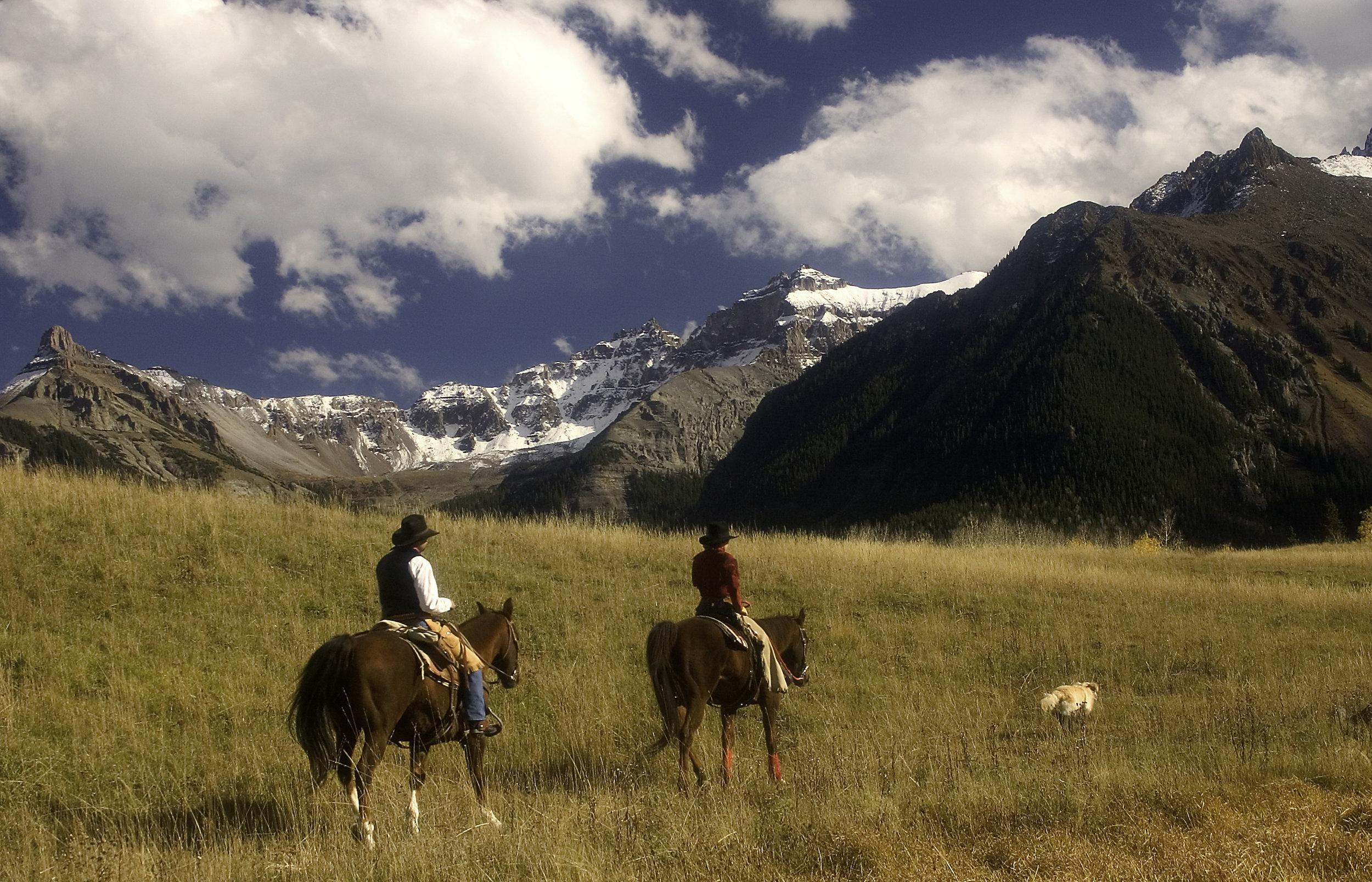 Horse riding Colorado.jpg