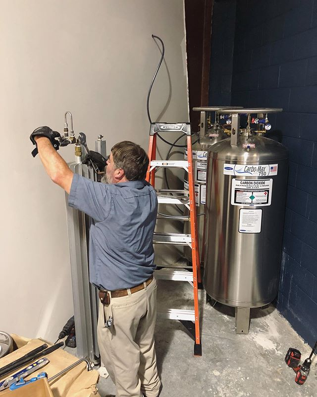 New tank day! Well, CO2 tank. You all are keeping us so busy we need to double our CO2 capacity so we can keep up! #steambellbeerworks #newtankday #itsstillatank #neverstoppushing #pushingthelimits