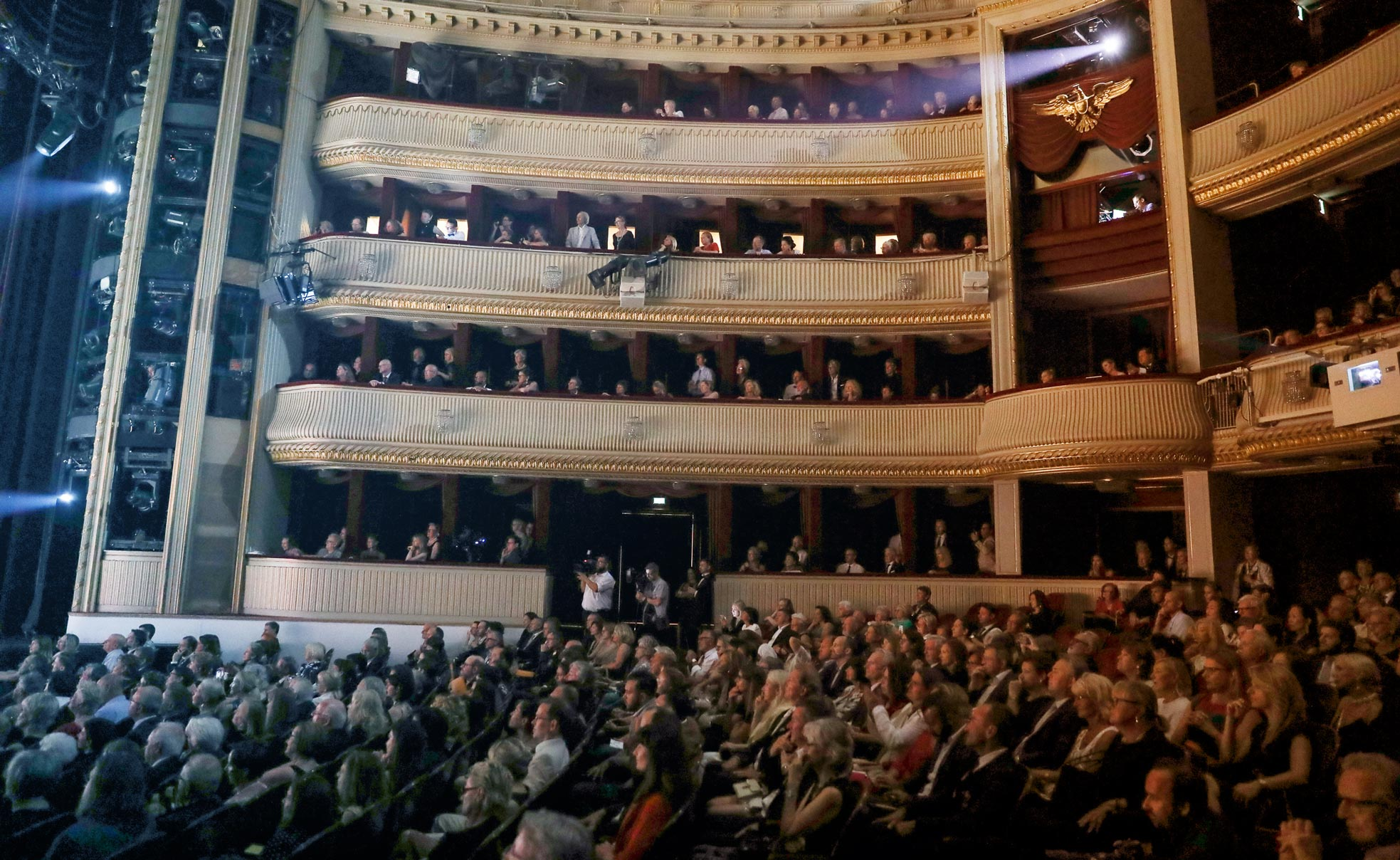 LBCC18_Katharina_Schiffl___2018_L90428-Burgtheater.jpg