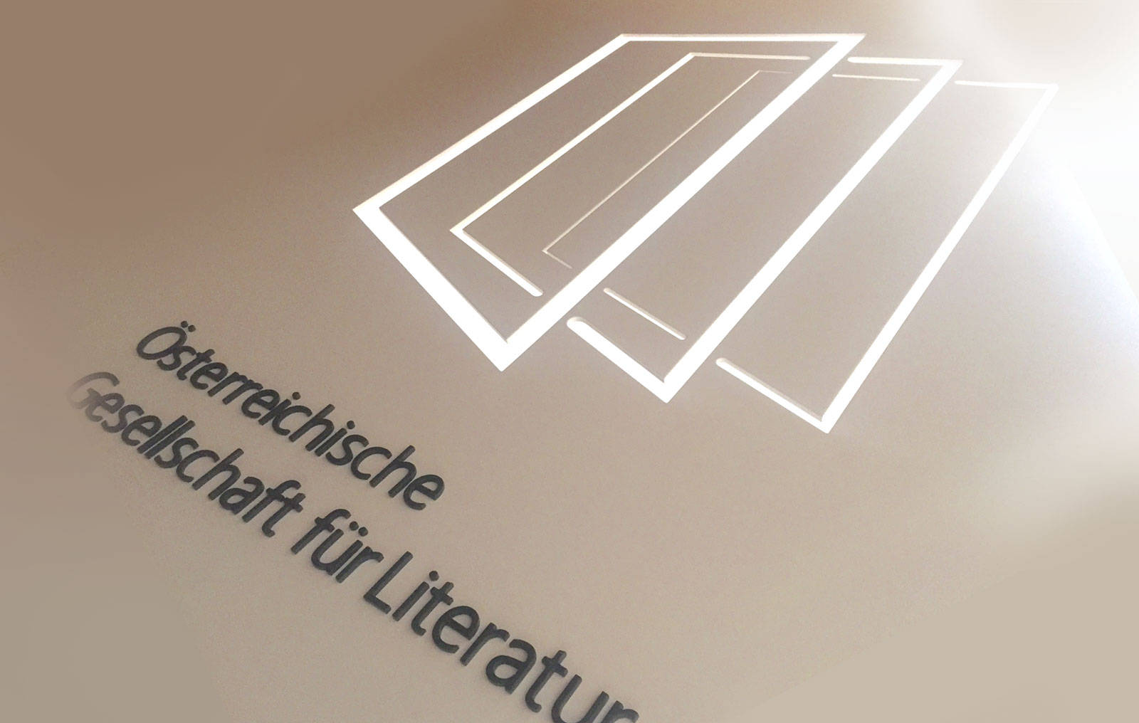literatur-logo.jpg