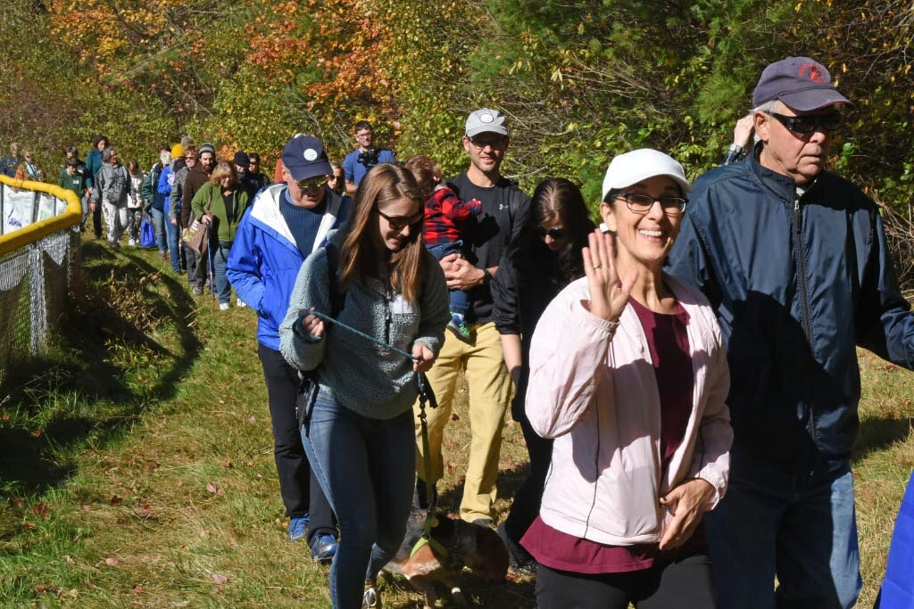 hikers heading out_4.jpg