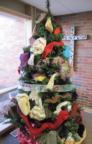 knitted tree.jpg