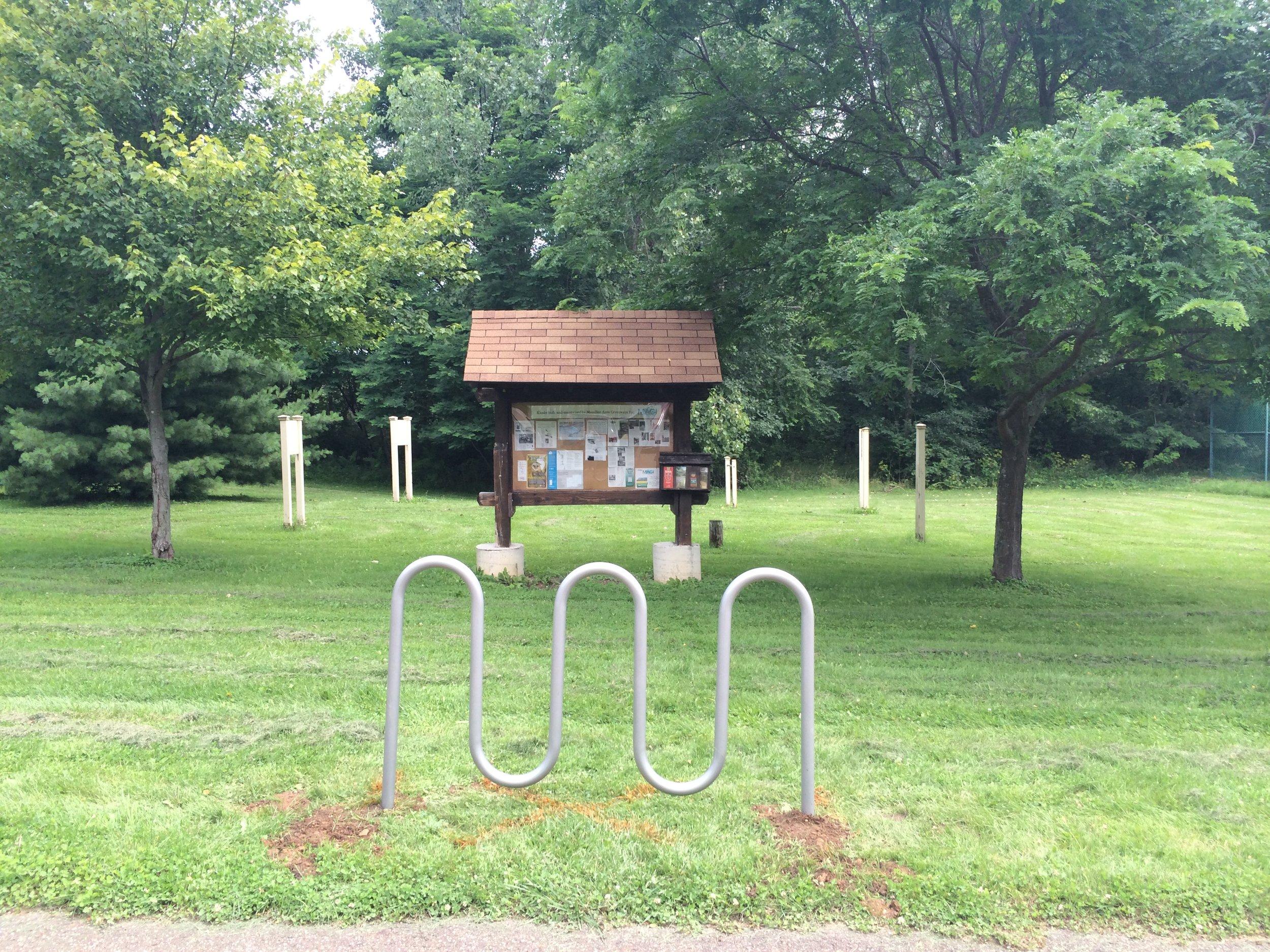 ROW 7 - Bike Rack - Lincoln Park.jpg