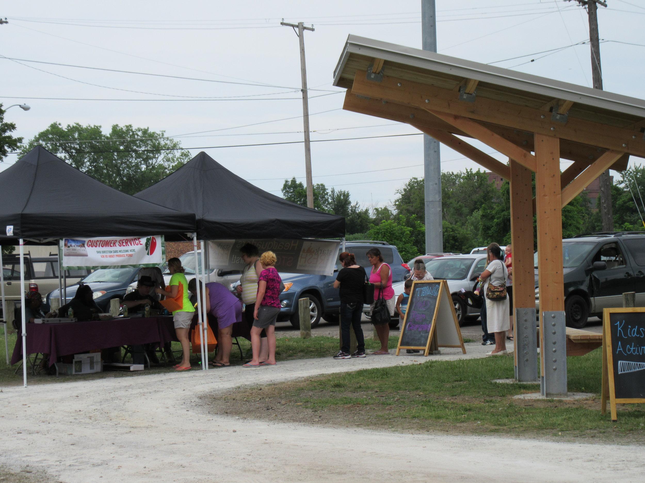 ROW 55 - On-site Farmers Market at Cook's Lagoon_2.jpg