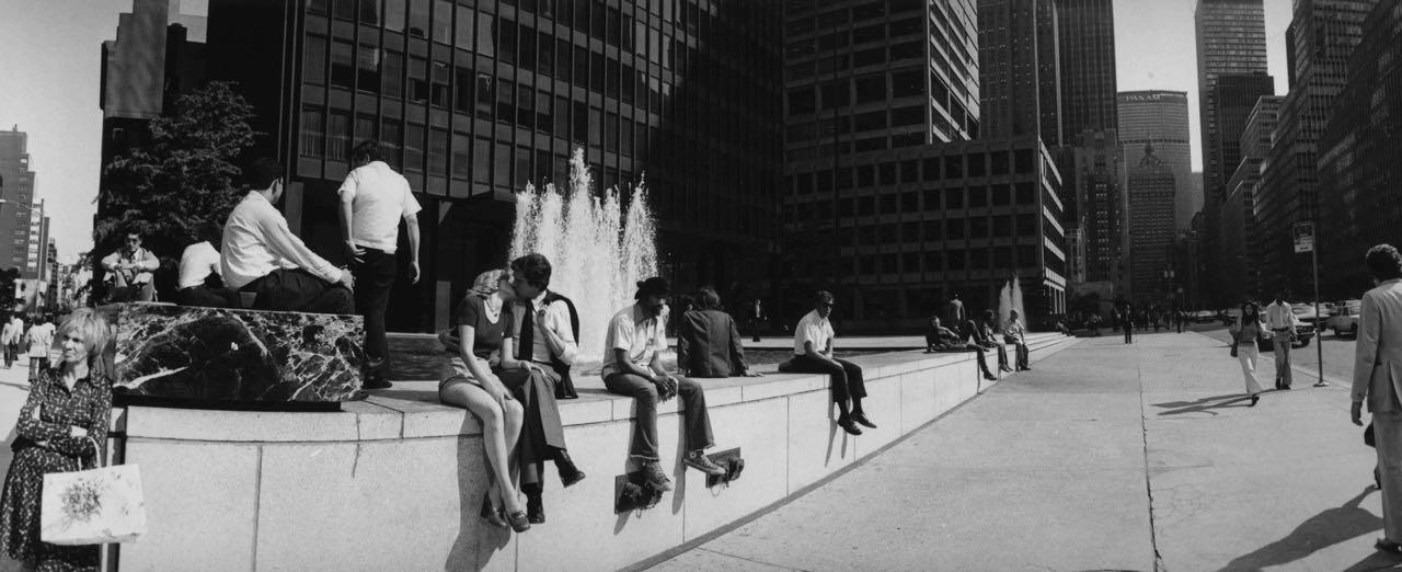 15_35_A couple kissing by a water fountain_Dan Wynn Archive.jpg