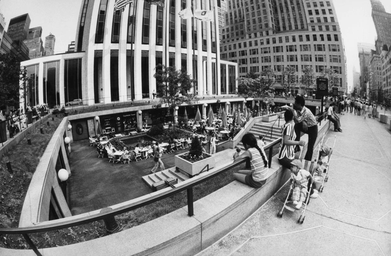 15_78_GM Plaza_Dan Wynn Archive.jpg