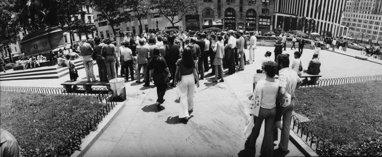15_83_Large crowd gathering_Dan Wynn Archive.jpg