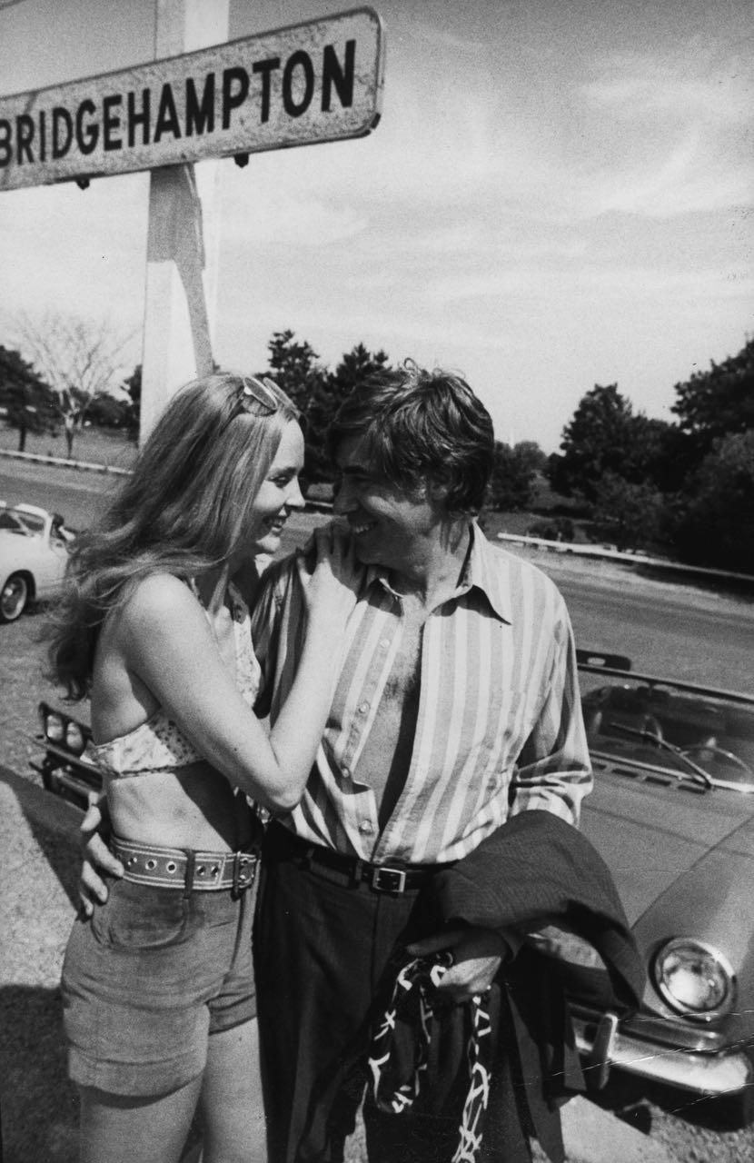 15_2_a couple in bridgehampton #2_Dan Wynn Archive.jpg
