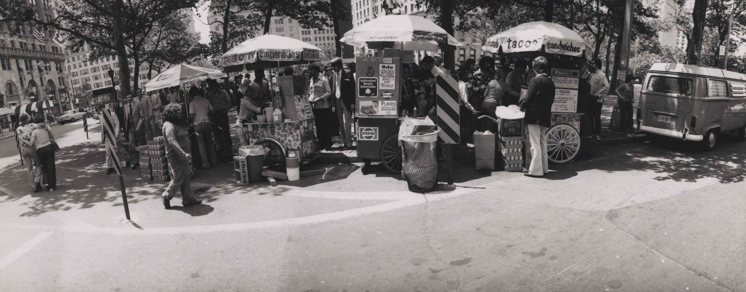 15_93_Empanadas, tacos, and other street food vendors_Dan Wynn Archive.jpeg