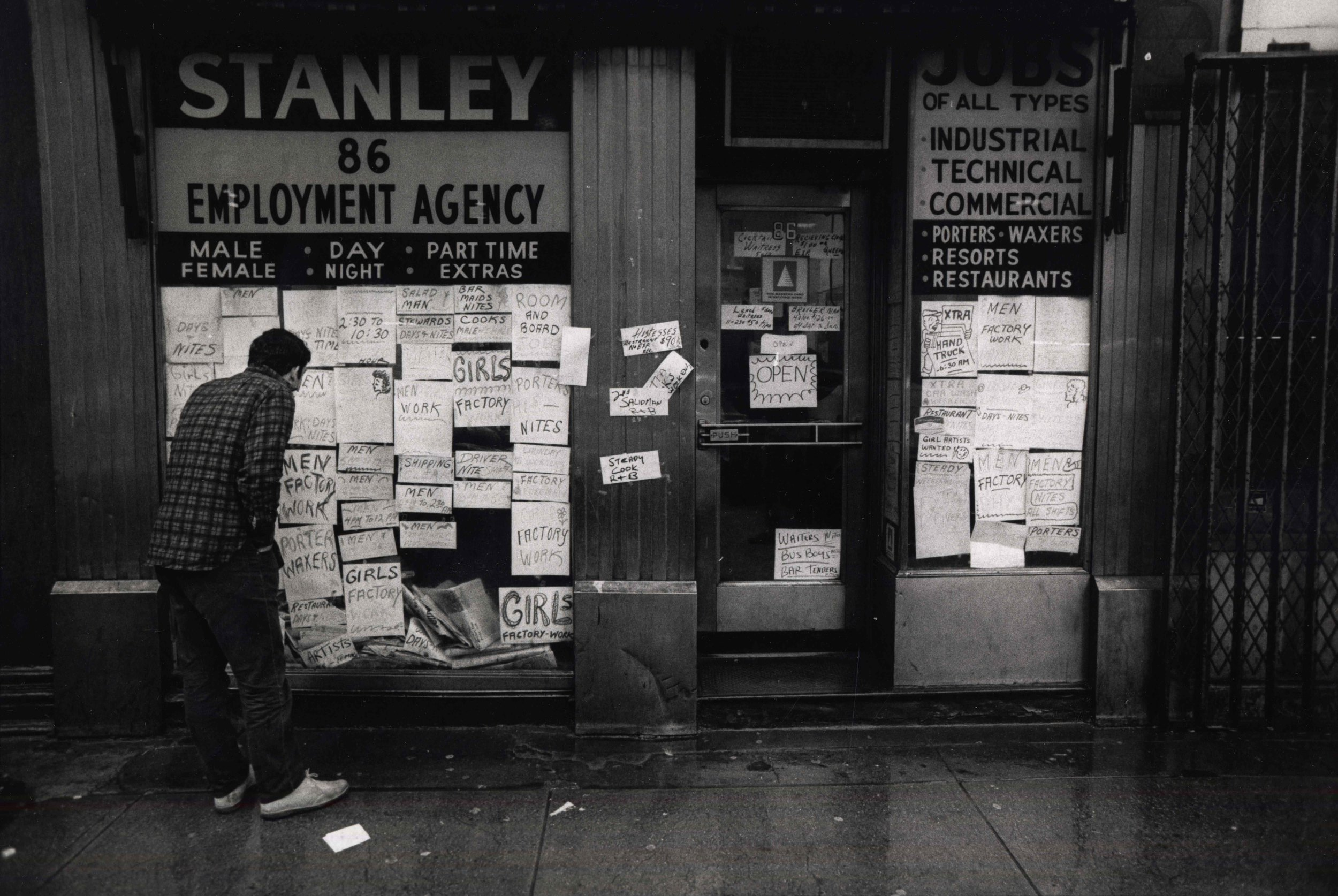 15_105_Stanley employment agency_Dan Wynn Archive.jpeg