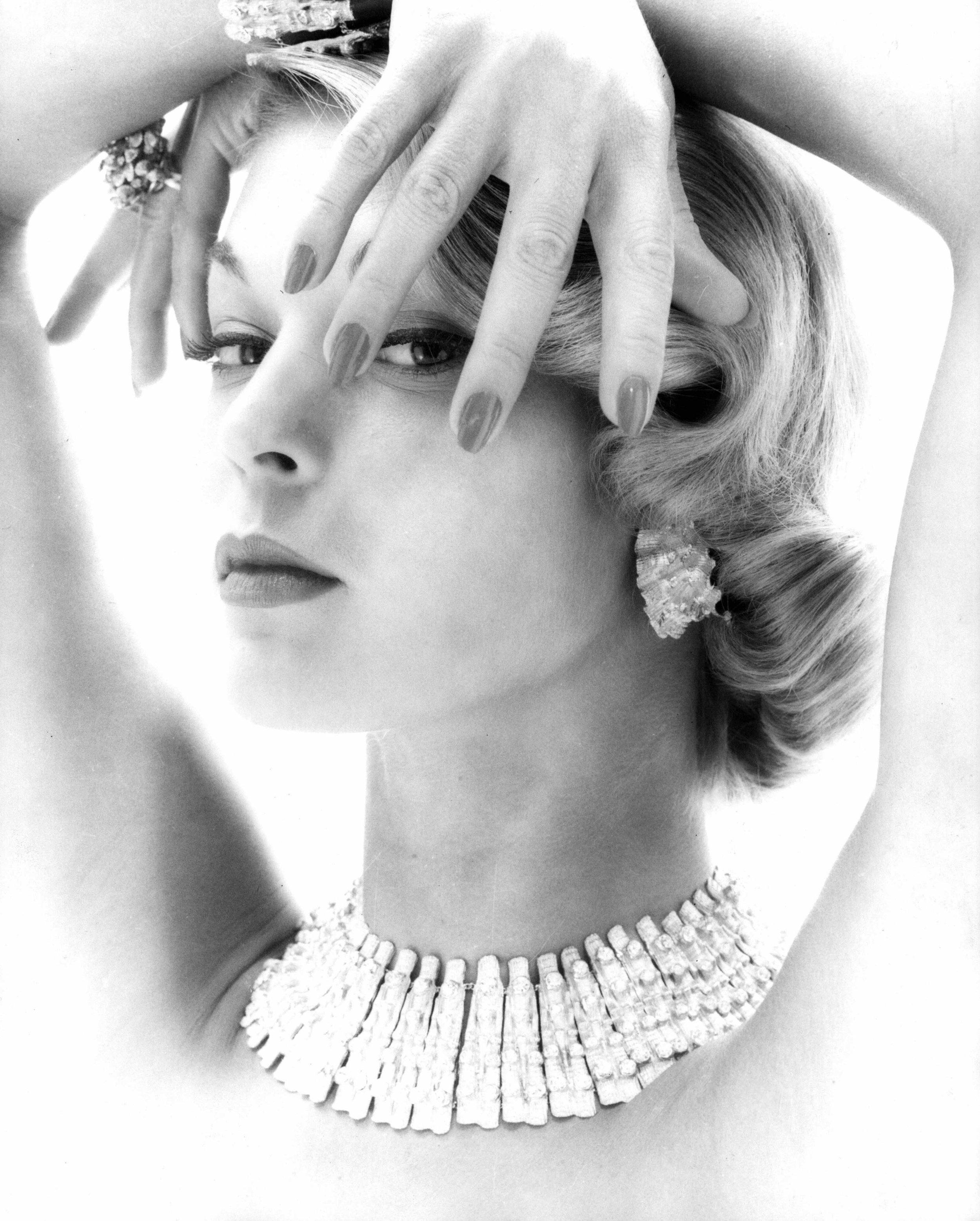 Model Gretchen Harris