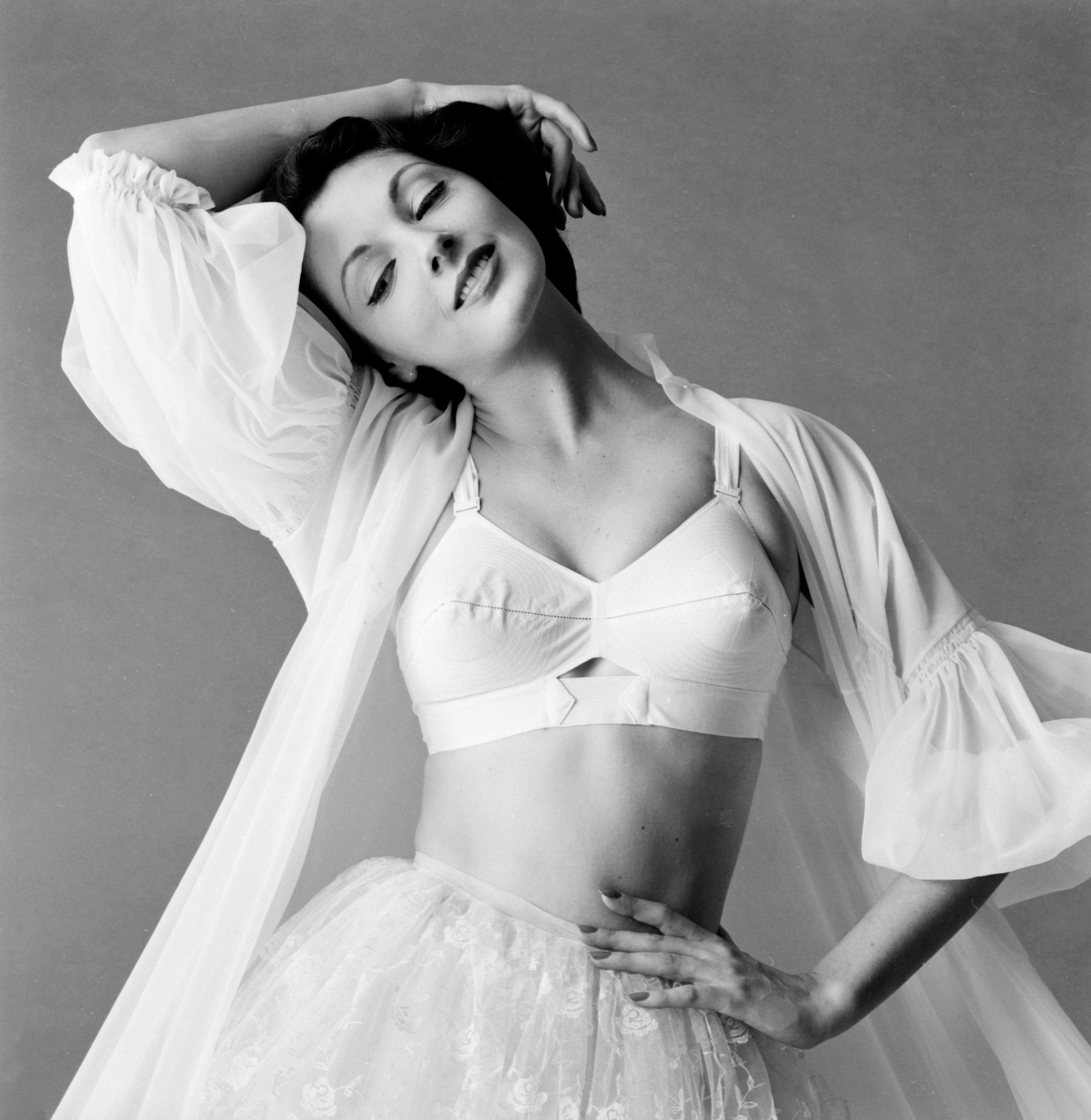 Maidenform, 1955