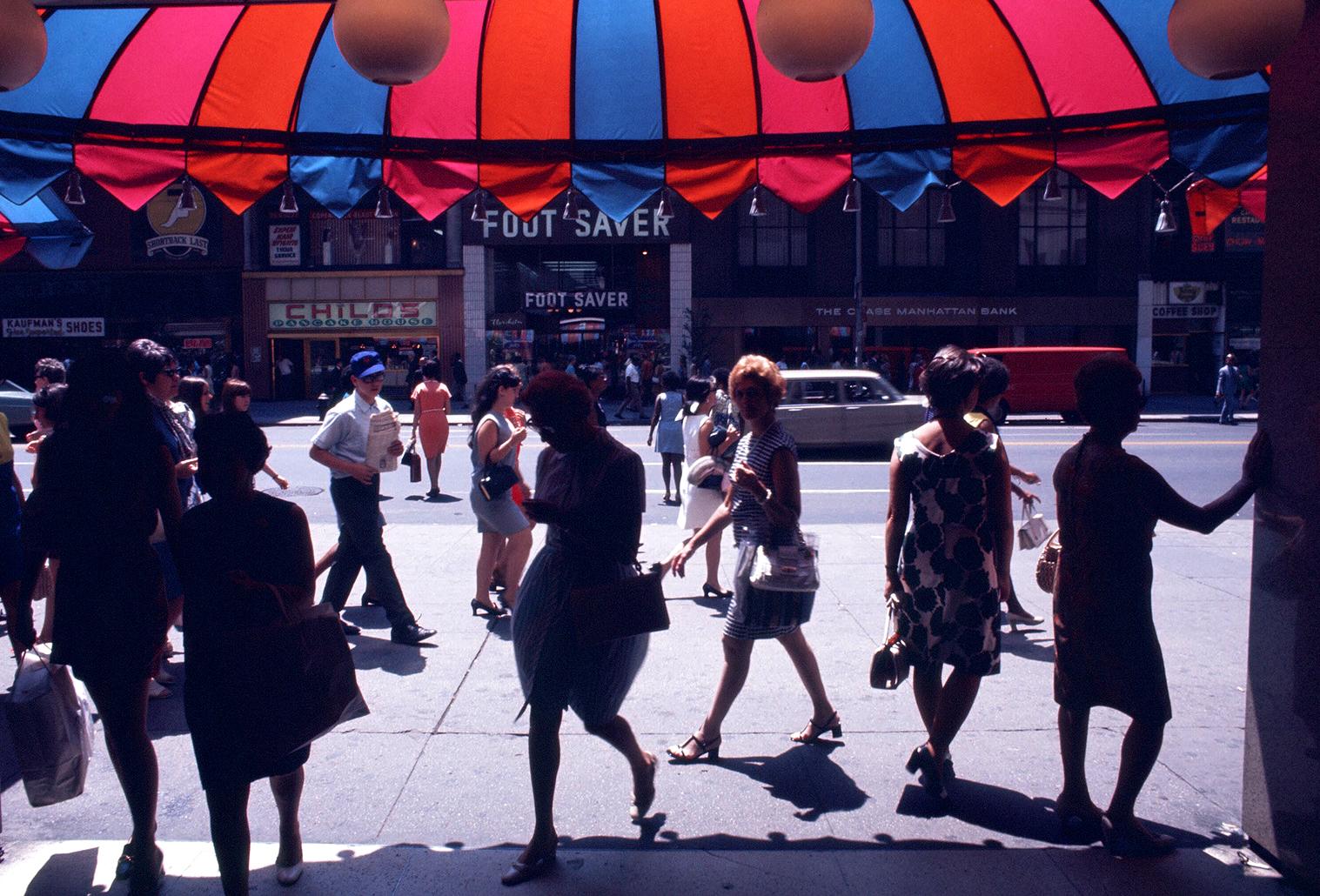Dan-Wynn_Street-Photography-Still-Life_2-1-87_0001.jpg