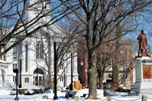keene-nh-central-square-downtown.jpg