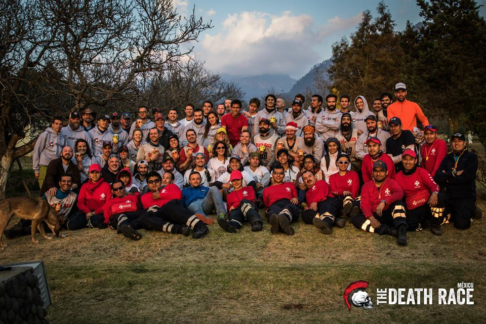 Group shot of the racers, directors, staff and volunteers.