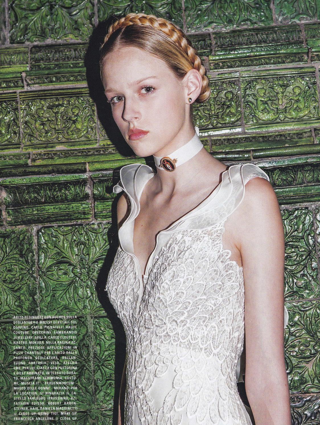170130 Vogue Sposa Drop Studs.jpg