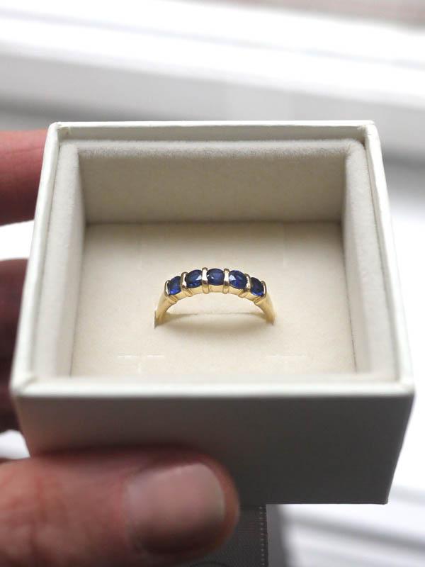 EAM-Brandis-Atelier-Custom-Orders-Saphire Ring-2.jpg