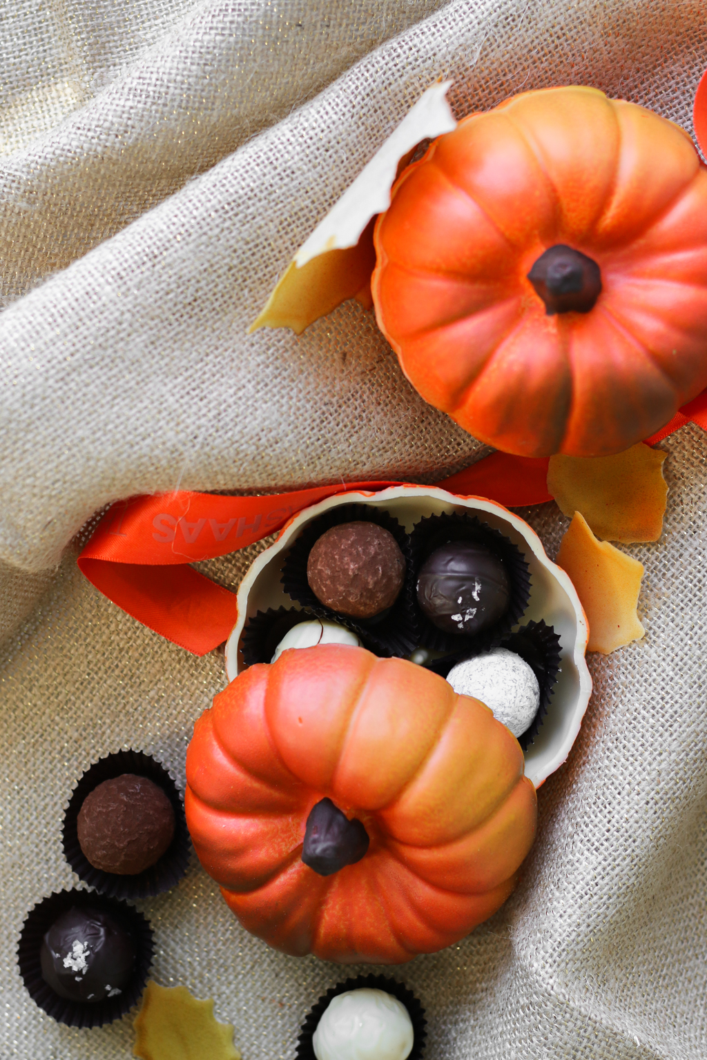 TH_Fall2017_ChocolatePumpkins_1.jpg