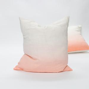Wert+-+bags+pillows+web-1539.jpg
