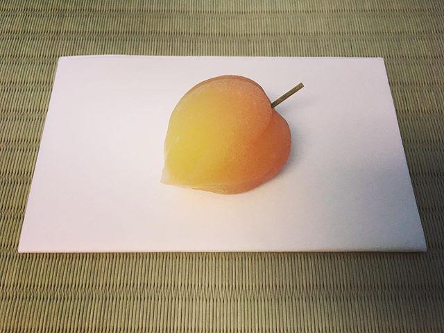 鬼灯 -Hohzuki 🍅🔥🍒 Husk cherry. #鬼灯 #huskcherries #外郎 #wagashi #sweets #miu #madeinny #summer