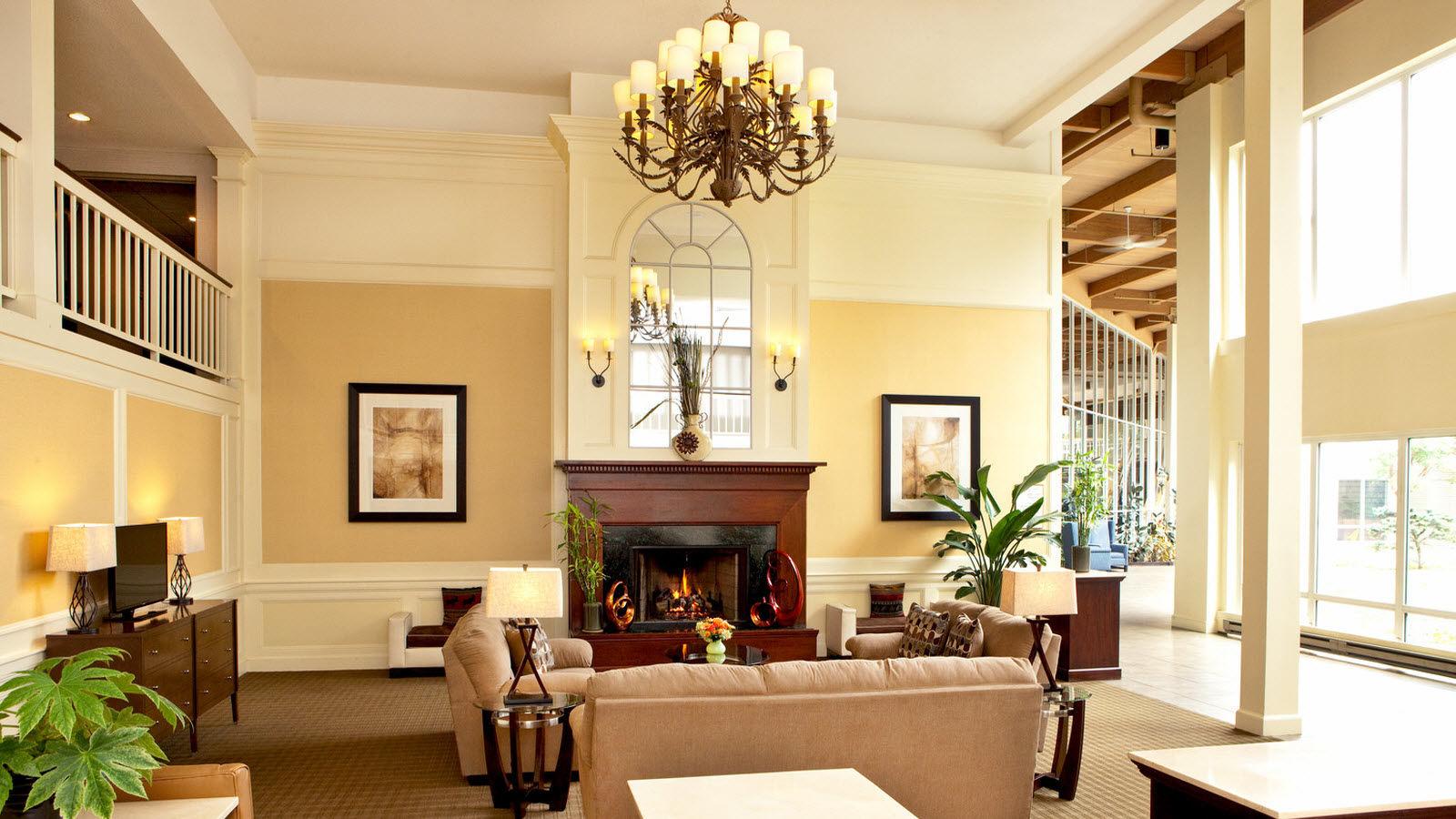 she606lo-180219-Hotel-Lobby.jpg