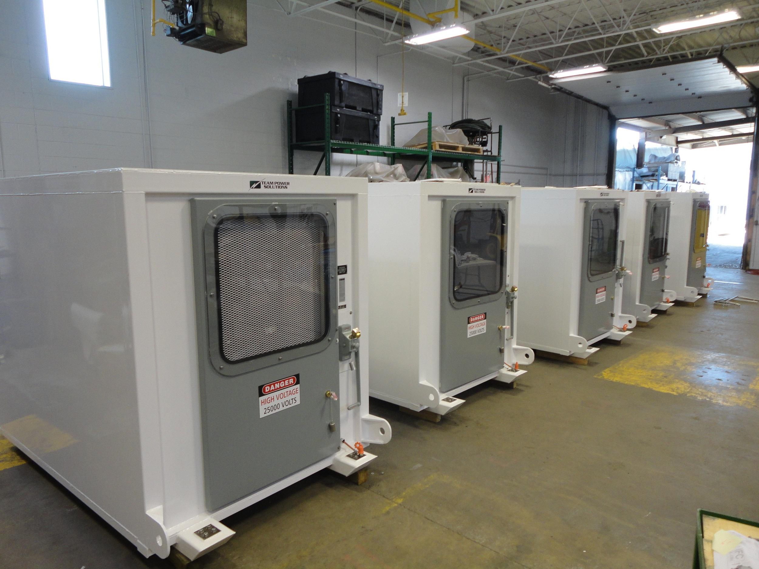 DSC03541 - 25 kV Switch sleds.jpg